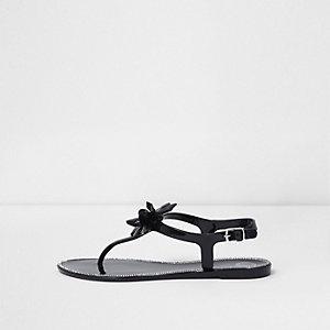 Sandales souples noir à fleurs ornées de bijoux