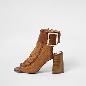 Bruine geweven schoenlaarsjes met blokhak