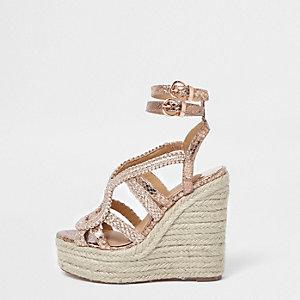 Chaussures compensées espadrilles doré rose métallisé tressées