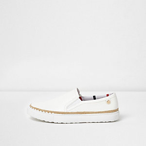 White wide fit espadrille trim plimsolls