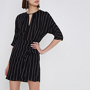 Black stripe print tie front dress