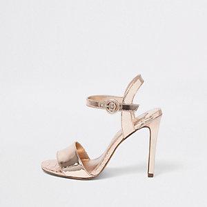 Metallic roségoudkleurige sandalen met brede pasvorm