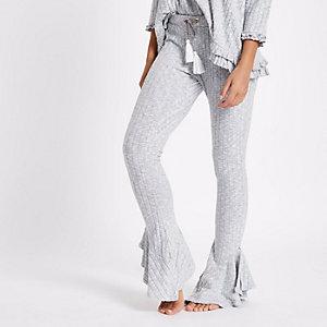 Pantalon confort évasé en maille gris clair côtelé