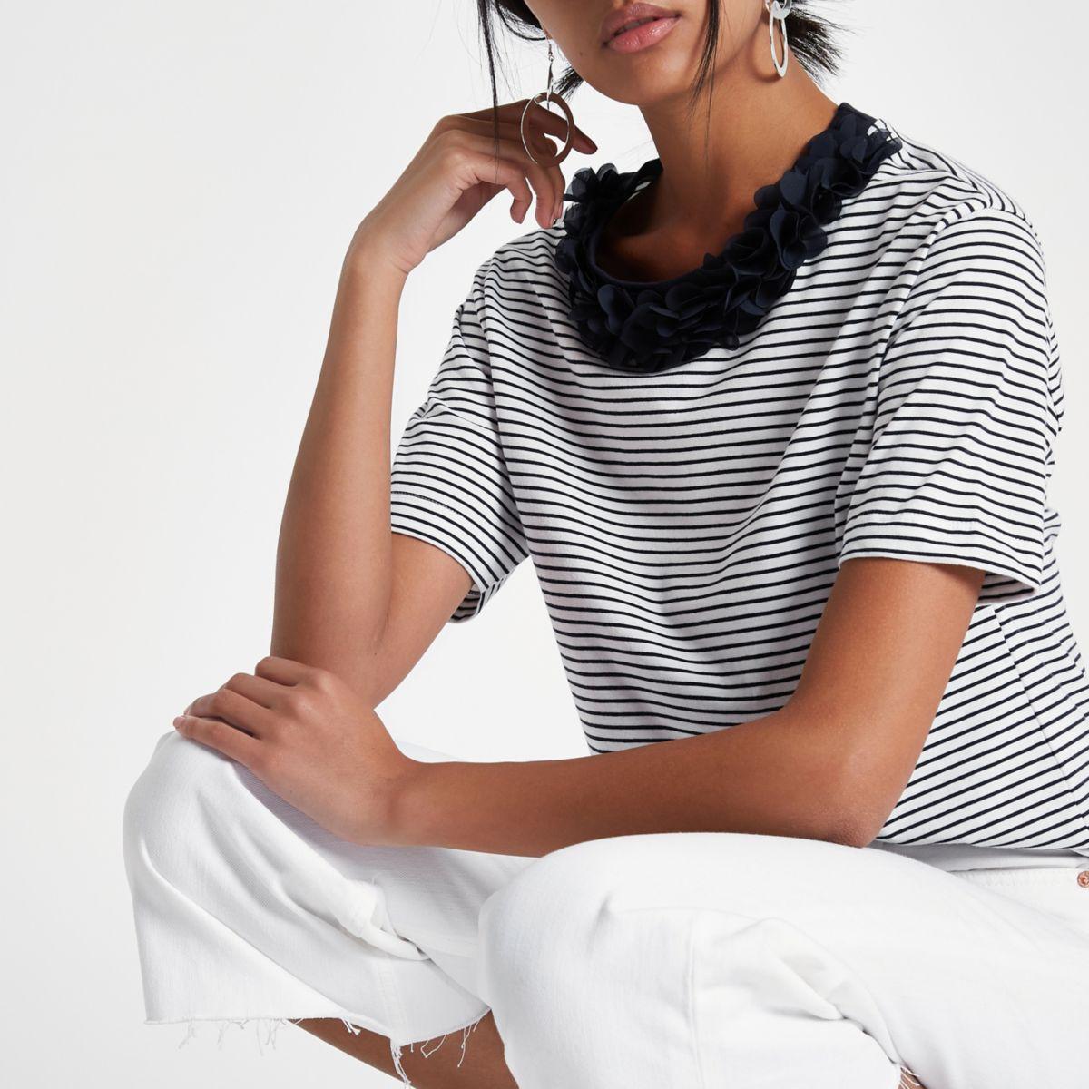 Navy stripe flower neck boxy T-shirt