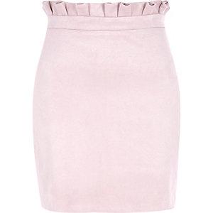 Mini-jupe imitation daim à taille froncée rose