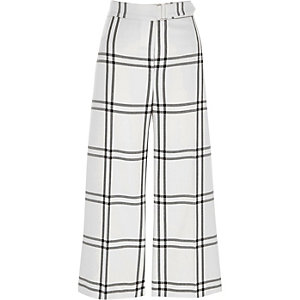White and black window check belted culottes