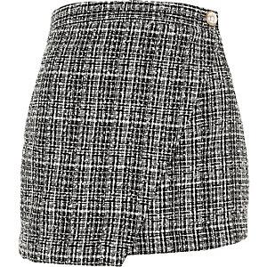 Jupe-culotte style portefeuille en maille bouclée noire