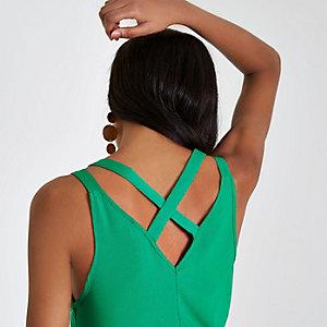 Débardeur vert vif à bretelles doubles croisées dans le dos
