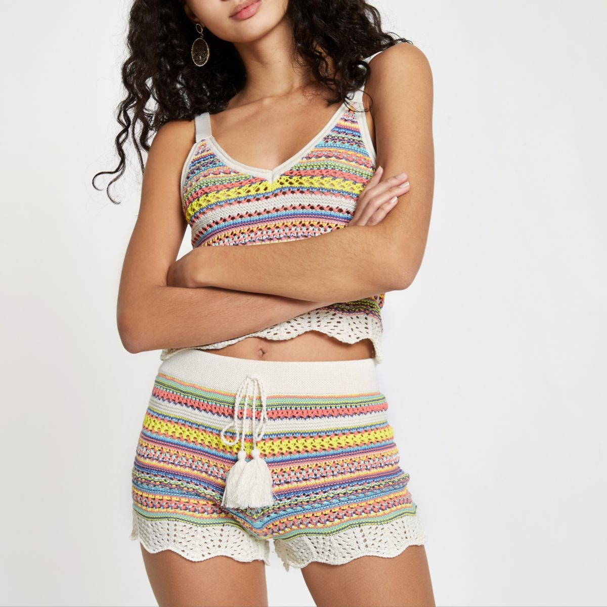 Pink knitted stripe shorts