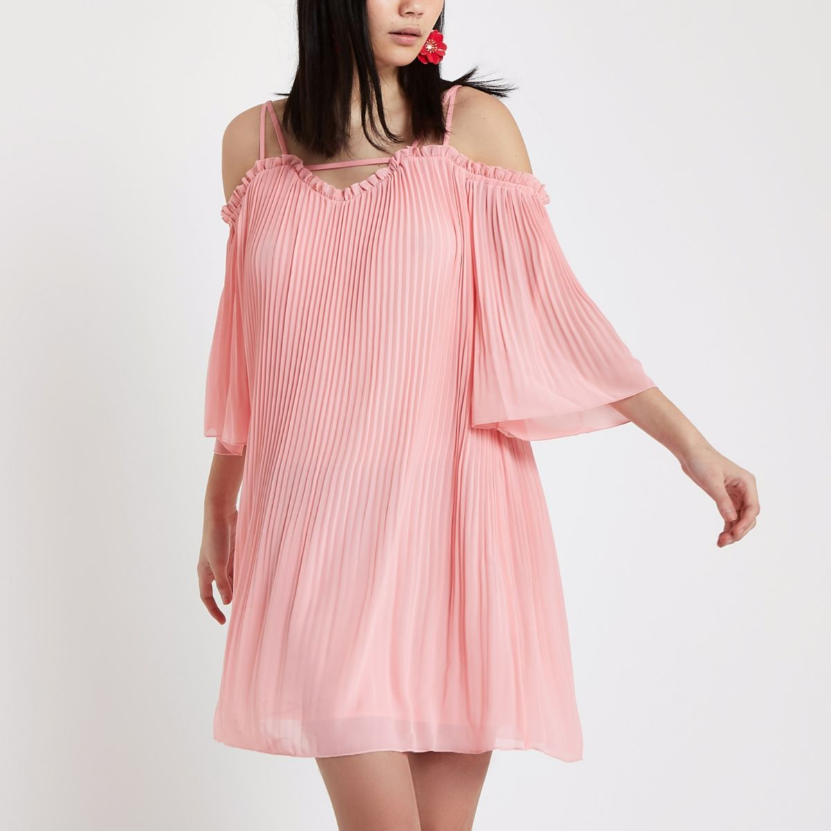Pink chiffon cold shoulder swing dress