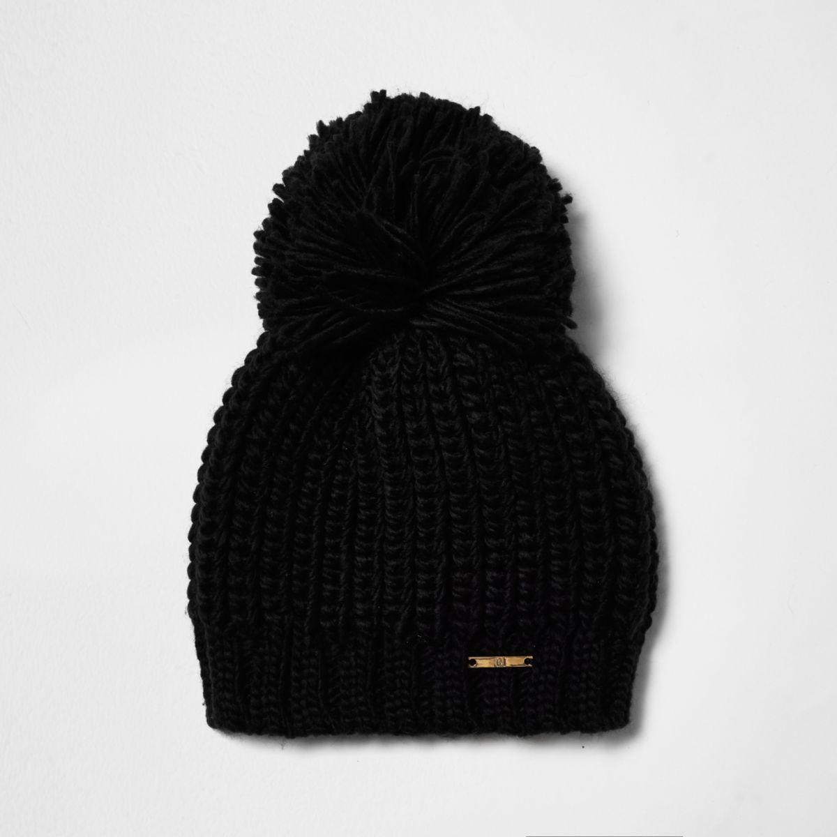 Black bobble pom pom knit beanie hat