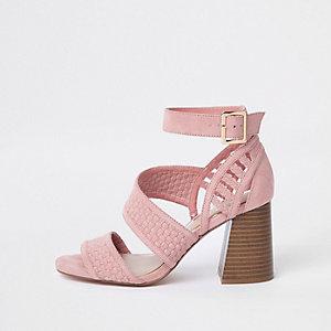 Sandales roses à brides et talon carré pointure large