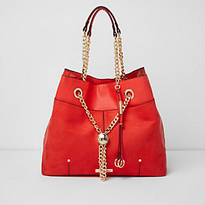 Red chain RI lock winged tote bag