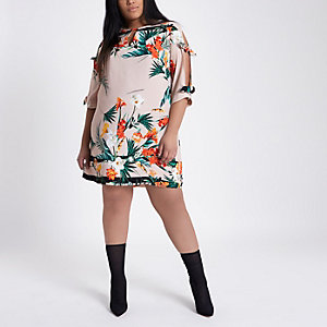 Plus pink tropical bow sleeve shift dress