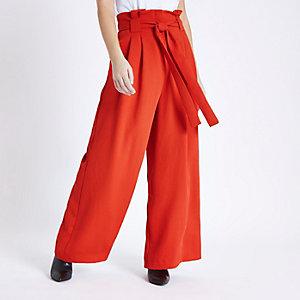 Petite – Pantalon large rouge à taille haute ceinturée