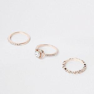 Set met roségoudkleurige ringen met diamantjes