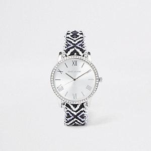 Zwart horloge met contrasterende Aztekentprint