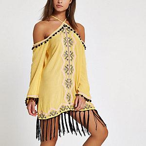Robe de plage jaune décolletée brodée