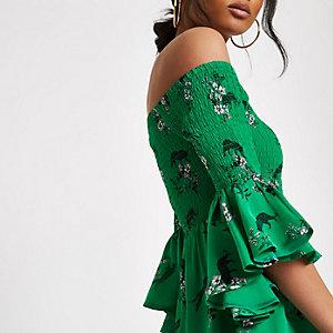 Top Bardot froncé à fleurs vert avec manches évasées