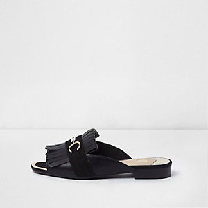 Black snaffle fringe backless peep toe loafer