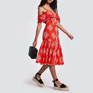 Rode geborduurde cami-jurk met knopen