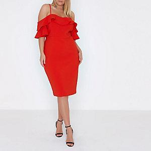 Plus – Robe moulante rouge à épaules dénudées à volants