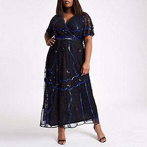 RI Plus - Zwarte verfraaide maxi-jurk met overslag