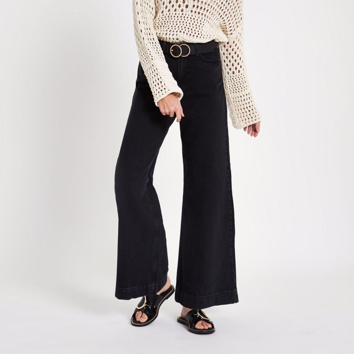 Mila – Schwarze Jeans mit weitem Beinschnitt