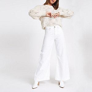 Mila – Weiße Jeans mit weitem Bein