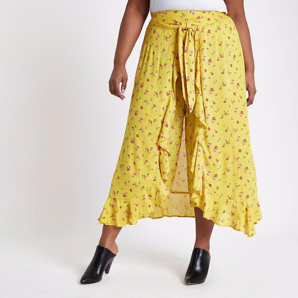 Plus yellow floral print wide leg trouser