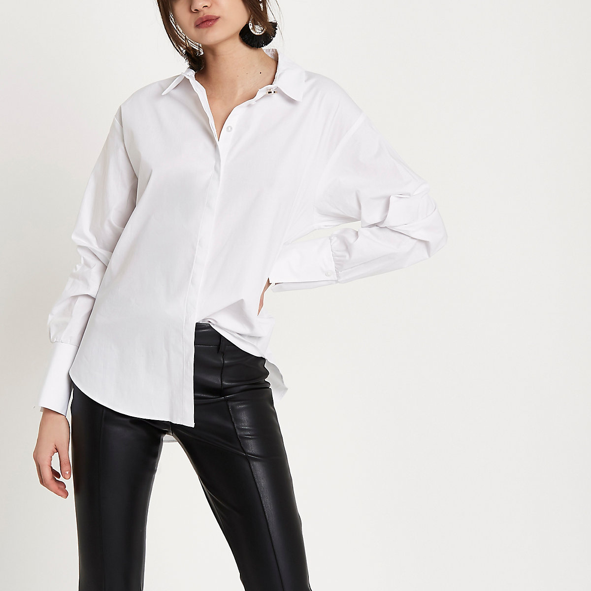 White long ruched sleeve shirt