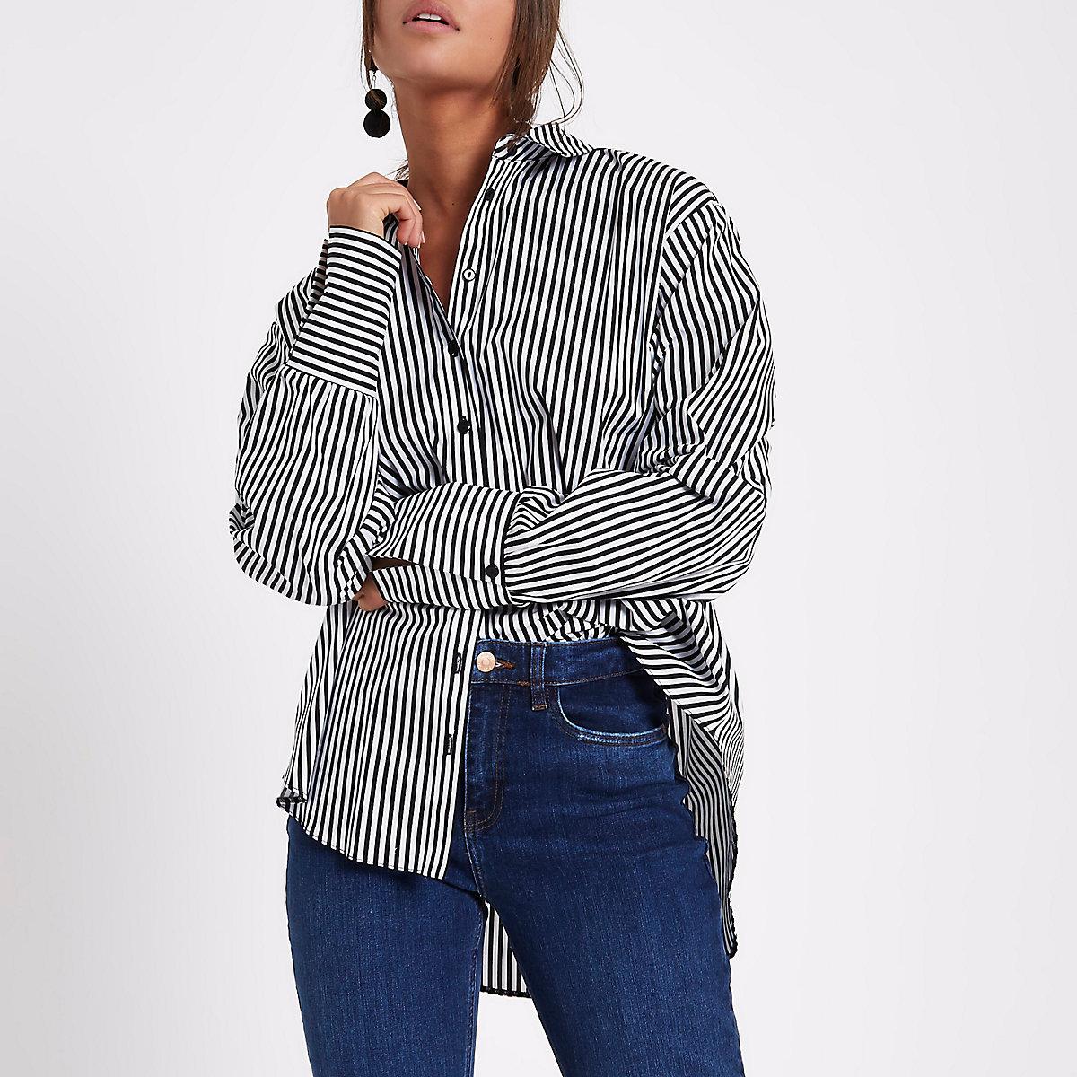 Schwarzes, gestreiftes Hemd