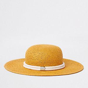 Chapeau de paille tressé jaune avec bordure en corde