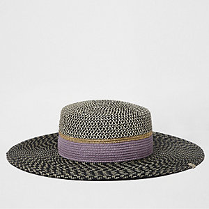 Black textured straw hat