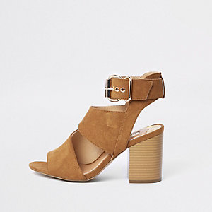Tan suede buckle shoe boots