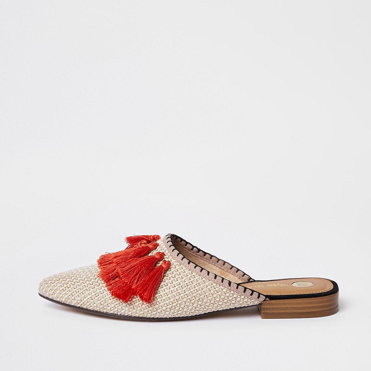 Orange tassel pointed backless loafer