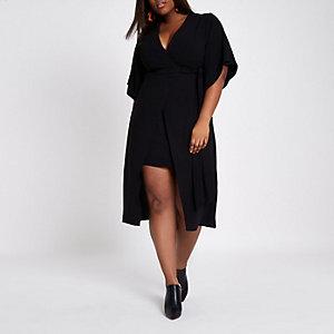 Plus – Robe noire mi-longue effet cache-cœur à manches kimono