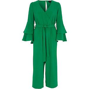 Combinaison jupe-culotte effet cache-cœur vert avec volant aux manches