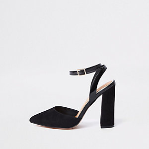 Zwarte sandalen met blokhak en brede pasvorm