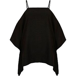 Zwarte schouderloze camitop met cape-effect
