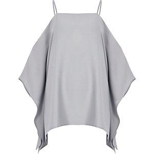Caraco gris clair à épaules dénudées