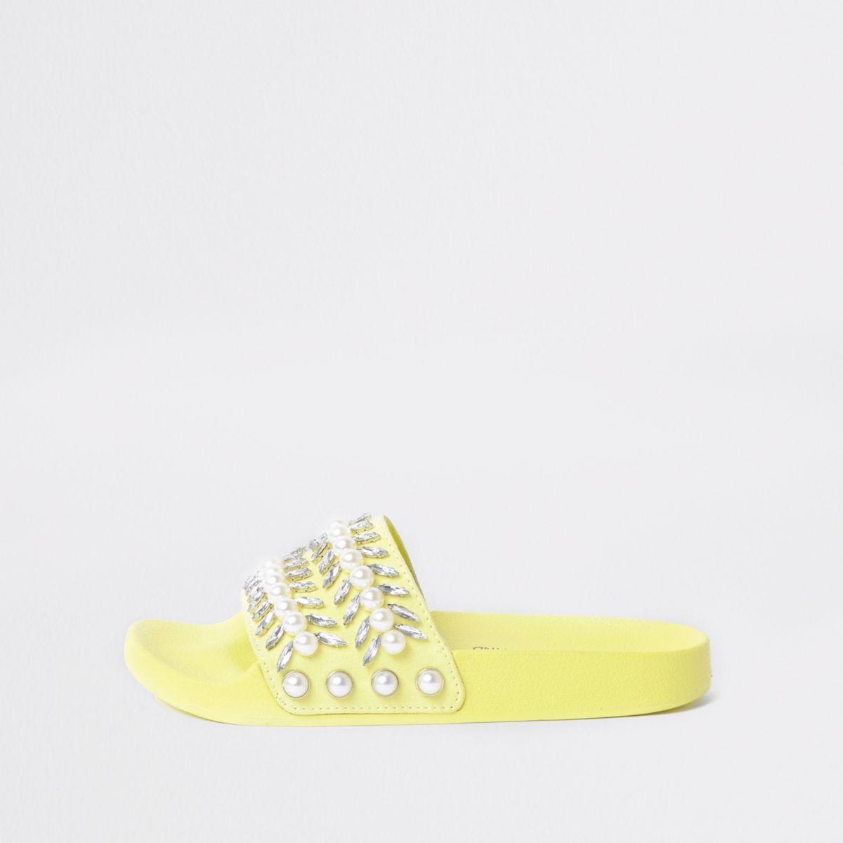 Limettengrüne Slipper
