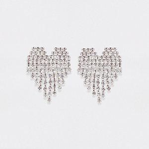 Silberne Ohrringe mit Strasssteinchen in Herzform