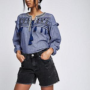 Schwarze Boyfriend-Shorts im Used Look