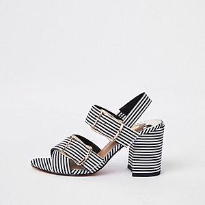 Sandales rayées noires en deux parties à talons carrés