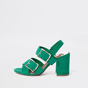 Sandales vertes à deux boucles