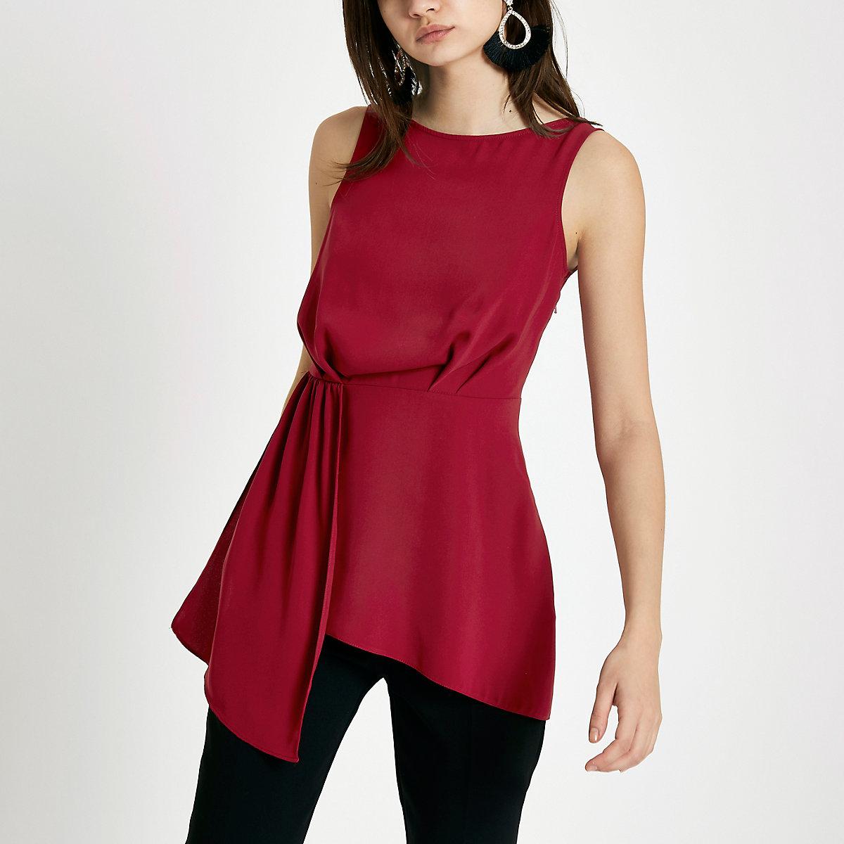 Red asymmetric hem sleeveless tunic top