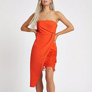 Petite – Robe ajustée asymétrique orange à pampilles