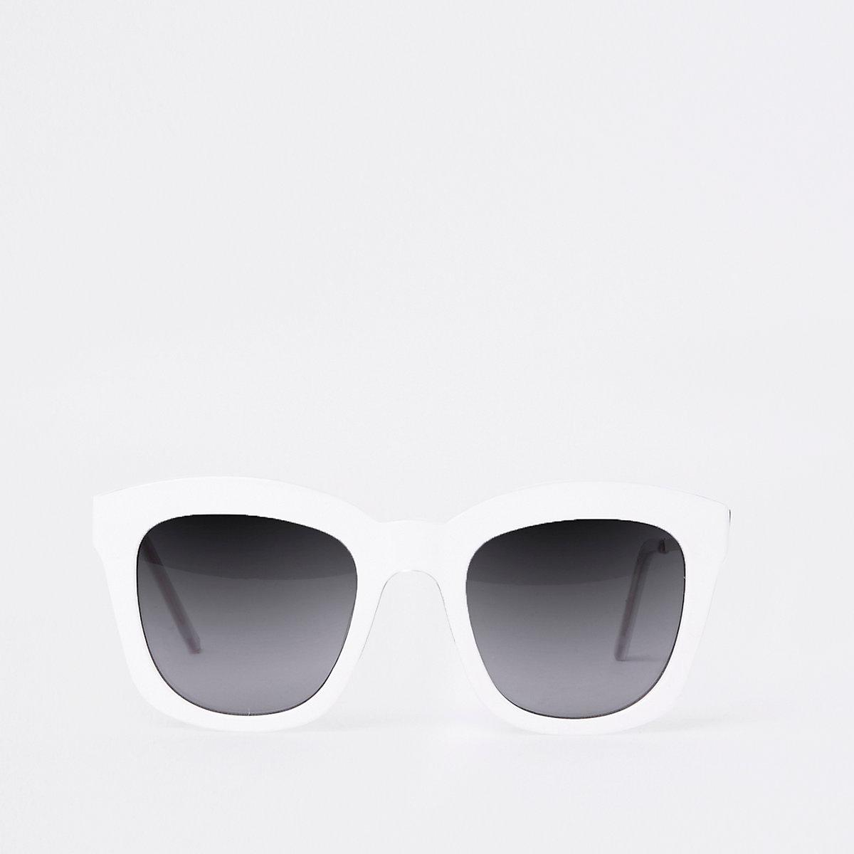 White oversized glam sunglasses