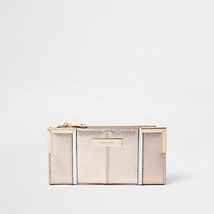 Roségoudkleurige smalle uitvouwbare portemonnee met metallic detail in de hoeken